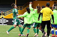BOGOTÁ-COLOMBIA, 11–08-2019: Lizeth Camacho de La Equidad, celebra con sus compañeros de equipo después de anotar el primer gol de su equipo, durante partido de la fecha 5 entre Independiente Santa Fe y La Equidad, por la Liga Águila Femenina, jugado en el estadio Nemesio Camacho El Campín de la ciudad de Bogotá. / Lizeth Camacho of La Equidad, celebrates with his teammates after scoring the first goal of his team, during a match of the 5th date between Independiente Santa Fe and La Equidad, for the 2019 Women's Aguila League played at the Nemesio Camacho El Campin Stadium in Bogota city, Photo: VizzorImage / Luis Ramírez / Staff.