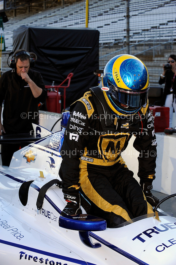 Sebastien Bourdais takes his refresher test in the car of Katherine Legge (#6)