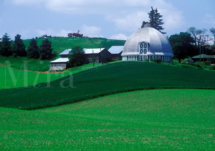 Round barn in the Palouse region. Pullman,  Whitman County, WA