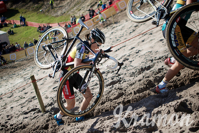"""Sanne Cant (BEL/BKCP-Powerplus) up the extreme steep sandy dune out of """"The Pit""""<br /> <br /> GP Zonhoven 2014"""