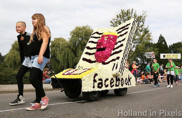Lichtenvoorde - Bloemencorso, het op één na grootste dahliacorso van de wereld. Voorafgaand aan de grote wagens is er een Kindercorso. Facebook