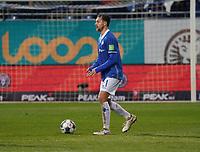Immanuel Höhn (SV Darmstadt 98) - 04.10.2019: SV Darmstadt 98 vs. Karlsruher SC, Stadion am Boellenfalltor, 2. Bundesliga<br /> <br /> DISCLAIMER: <br /> DFL regulations prohibit any use of photographs as image sequences and/or quasi-video.