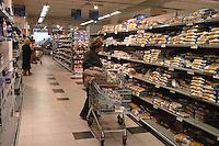 Roma, .Supermercato Coop Laurentino.Pasta..Rome.Supermarket Coop Laurentino..