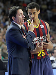 FC Barcelona's coach Xavi Pascual with his player Edwin Jackson during Liga Endesa ACB 2nd Final Match.June 21,2015. (ALTERPHOTOS/Acero)