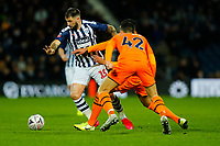 3rd March 2020; The Hawthorns, West Bromwich, West Midlands, England; English FA Cup Football, West Bromwich Albion versus Newcastle United; Charlie Austin of West Bromwich Albion looks to break through the Newcastle United defence