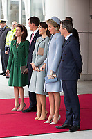 Le roi Philippe de Belgique et la reine Mathilde de Belgique en visite d'Etat au Danemark, sont accueillis  par le prince h&eacute;ritier Joachim de Danemark, la princesse Marie de Danemark, le prince Frederik de Danemark, la princesse Mary de Danemark et la reine Margrethe II de Danemark, &agrave;  leur arriv&eacute;e &agrave; l'a&eacute;roport de Copenhague.<br /> Danemark, Copenhague, 28 mars 2017.<br /> King Philippe of Belgium &amp; Queen Mathilde of Belgium during a State Visit to Copenhagen in Denmark - Official Welcome at Copenhagen Airport by Crown Prince Joachim of Denmark, Princess Marie of Denmark, Princess Mary of Denmark, Prince Frederik of Denmark and Queen Margrethe II  of Denmark.<br /> Denmark, Copenhagen, March 28, 2017.