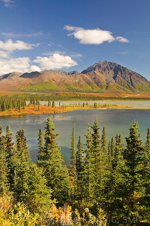 The Susitna river where it crosses the Denali Highway, fall, Alaska, USA.