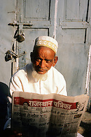 Morning news, Dungarpur, Rajasthan, India, 2011
