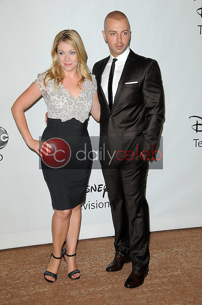 Melissa Joan Hart and Joe Lawrence<br /> at the Disney ABC Television Group Summer 2010 Press Tour - Evening, Beverly Hilton Hotel, Beverly Hills, CA. 08-01-10<br /> David Edwards/Dailyceleb.com 818-249-4998