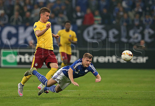 22.10.2015. Gelsenkirchen, Germany. UEFA Europa League football. FC Schalke versus Sparta Prague.   Lukas Marecek (Sparta Prag) and Max Meyer (Schalke)