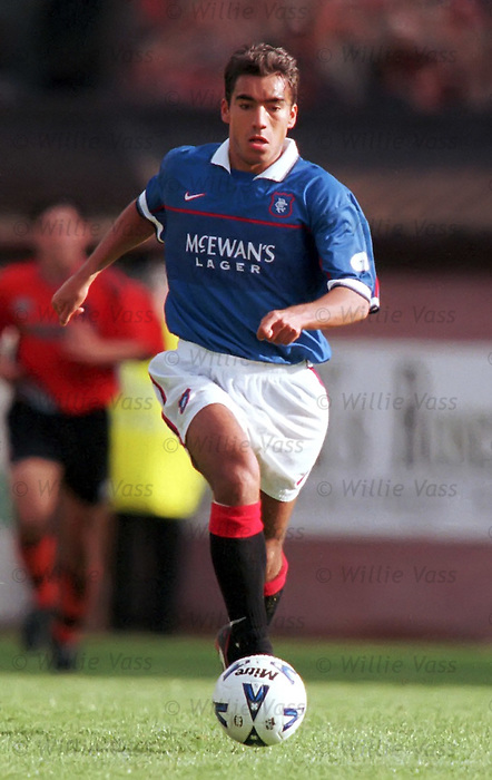 Giovanni van Bronckhorst, Rangers season 1998-99.