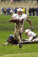Brian Allen high steps into the endzone during Stanford's 41-14 win over San Jose State on December 1, 2001 at Spartan Stadium in San Jose, CA.<br />Photo credit mandatory: Gonzalesphoto.com