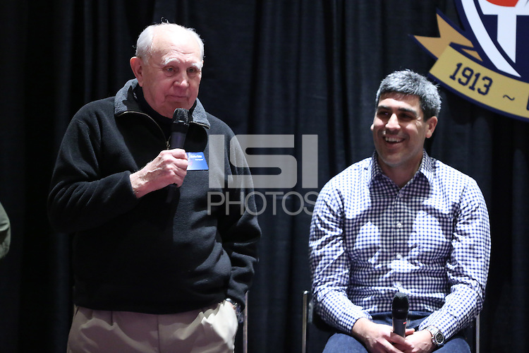 INDIANAPOLIS, IN - January 18, 2013: 1950 World Cup captain Walter Bahr (left) with 2002 and 2006 World Cup captain Claudio Reyna (right). U.S. Soccer hosted a World Cup Coaches and Captains panel at the Indiana Convention Center in Indianapolis, Indiana during the NSCAA Annual Convention.