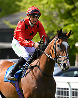 Hypothetically ridden by Josephine Gordon goes down to the start Winner of The Smith & Williamson Fillies' Novice Stakes (Class 5) during Afternoon Racing at Salisbury Racecourse on 17th May 2018