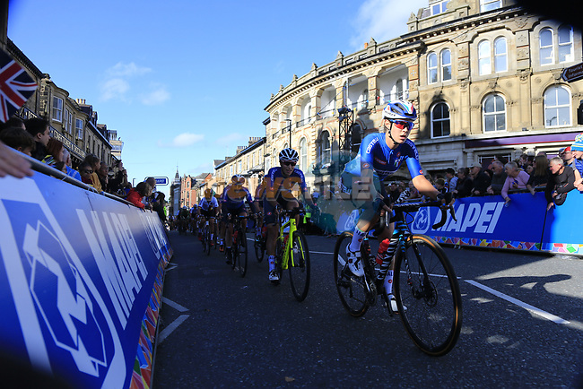 The chasing bunch on the second circuit of Harrogate during the Women Elite Road Race of the UCI World Championships 2019 running 149.4km from Bradford to Harrogate, England. 28th September 2019.<br /> Picture: Eoin Clarke | Cyclefile<br /> <br /> All photos usage must carry mandatory copyright credit (© Cyclefile | Eoin Clarke)
