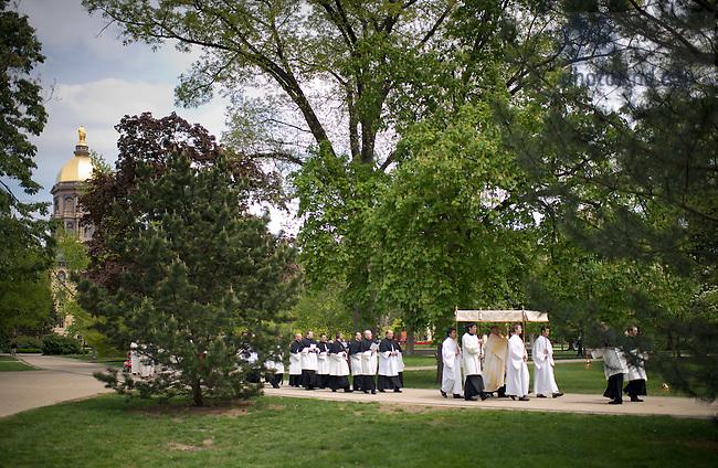 Apr. 22, 2012; 2012 Eucharistic Procession..Photo by Matt Cashore/University of Notre Dame