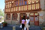 20080723 - France - Bretagne - Treguier<br />LA MAISON D'ERNEST RENAN A TREGUIER (22).<br />Ref : MAISON_ERNEST_RENAN_001.jpg - © Philippe Noisette.