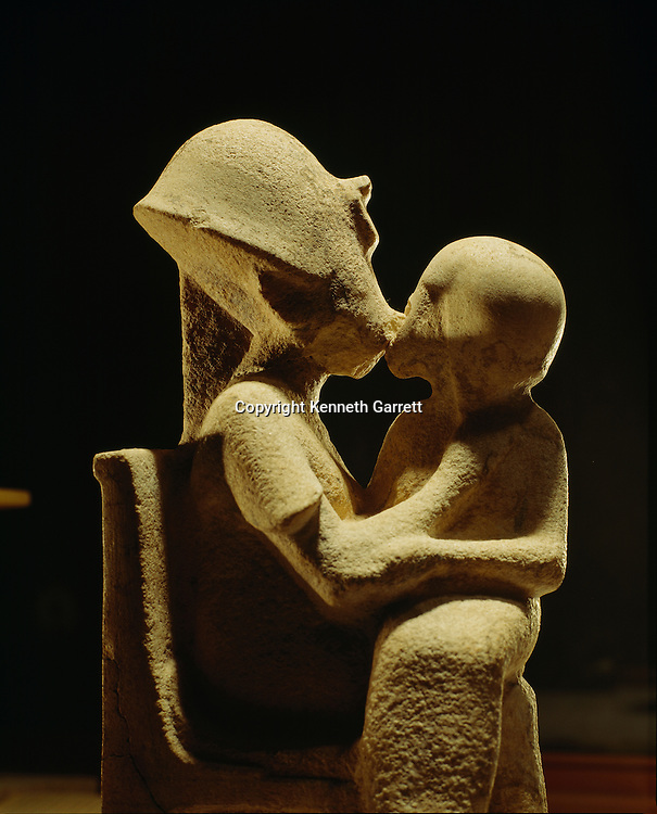 Amarna, Akhenaten with child, unfinished statue, Egyptian Museum, Cairo, 18th dynasty, New Kingdom