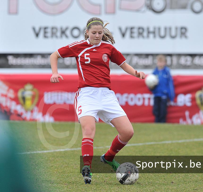 Denmark U17 - Belgium U17 : Louise Ringsing.foto DAVID CATRY / Vrouwenteam.be
