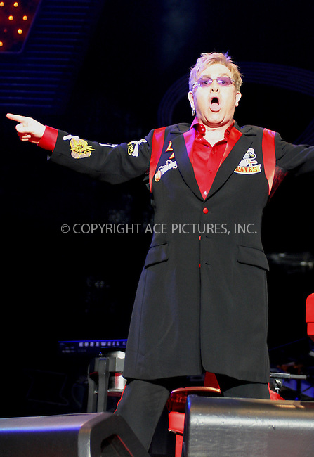 Elton John live at the National Indoor Arena in Birmingham - 19 November 2008..FAMOUS PICTURES AND FEATURES AGENCY 13 HARWOOD ROAD LONDON SW6 4QP UNITED KINGDOM tel +44 (0) 20 7731 9333 fax +44 (0) 20 7731 9330 e-mail info@famous.uk.com www.famous.uk.com.FAM24688