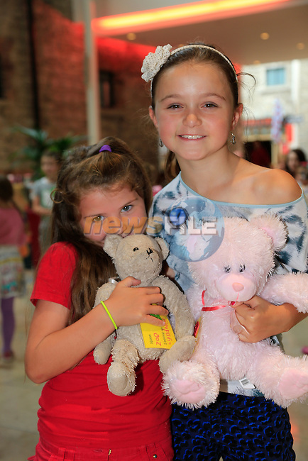 Lindsey Horan and Chloe Arthur at the Scotch Hall fun Day.<br /> Picture: Fran Caffrey www.newsfile.ie