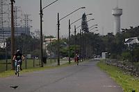 SAO PAULO, sp - 07-10-2014 - CLIMA TEMPO - São Paulo mantém tempo nublado na tarde desta terça-feira (07) com temperatura de 26º na represa do Guarapiranga, Zona Sul da capital. O clima segue fechado sem previsão de chuva.<br /> (Foto: Fabricio Bomjardim / Brazil Photo Press)