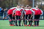 TILBURG  - hockey- teamhuddle MOP tijdens de wedstrijd Were Di-MOP (1-1) in de promotieklasse hockey dames. COPYRIGHT KOEN SUYK