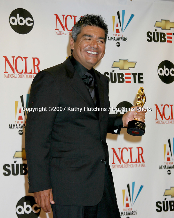 George Lopez.ALMA Awards 2007.Pasadena Civic Auditorium.Pasadena, CA.June 1, 2007.©2007 Kathy Hutchins / Hutchins Photo....