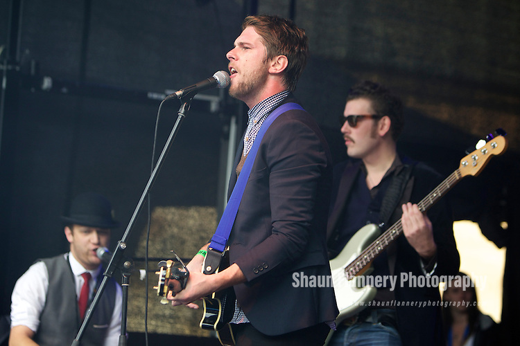 Pix: Shaun Flannery/shaunflanneryphotography.com...COPYRIGHT PICTURE>>SHAUN FLANNERY>01302-570814>>07778315553>>..26th August 2012..Cusworth Music Festival 2012..Cusworth Hall, Doncaster..Live music charity event in aid of The Aurora Charity..Famous Villains