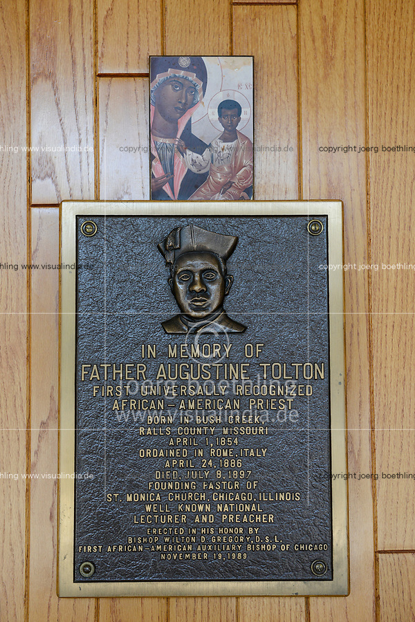 USA Chicago, South Side, afroamerican parish of St. Elizabeth Church, founded in 1881 is the oldest African American Catholic Institution in the Archdiocese of Chicago, image and memorial of first afro-american priest Augustine Tolton, born 1854, died1897 / afroamerikanische Gemeinde der katholischen Kirche St. Elizabeth, erster afroamerikanischer Priester Father Augustine Tolton, geb. 1854, gest. 1897