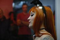 SÃO PAULO, SP, 09.06.2017 - FEIRA-SP - A atriz pornô Mel Fire durante a feira Erotika Experience 2017, no centro de convenções do Anhembi, na tarde desta sexta-feira, 09. (Foto: Adriana Spaca/Brazil Photo Press)