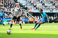 Joe Willock of Arsenal squanders a great chance during Newcastle United vs Arsenal, Premier League Football at St. James' Park on 15th April 2018