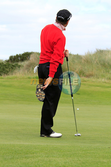 Des Smyth misses his putt on the 18th green during Day 3 of the 100th Irish PGA championship at Seapoint Golf Club, Co Louth...Picture Eoin Clarke/www.golffile.ie.