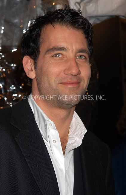 Clive Owen arrives at the New York film premiere of 'Cold Mountain' at the Ziegfeld Theatre. December 09 2003. Please byline: AJ SOKALNER/NY Photo Press.   ..*PAY-PER-USE*      ....NY Photo Press:  ..phone (646) 267-6913;   ..e-mail: info@nyphotopress.com
