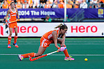 The Hague, Netherlands, June 12: Maartje Paumen #17 of The Netherlands passes the ball during the field hockey semi-final match (Women) between The Netherlands and Argentina on June 12, 2014 during the World Cup 2014 at Kyocera Stadium in The Hague, Netherlands. Final score 4-0 (3-0)  (Photo by Dirk Markgraf / www.265-images.com) *** Local caption ***