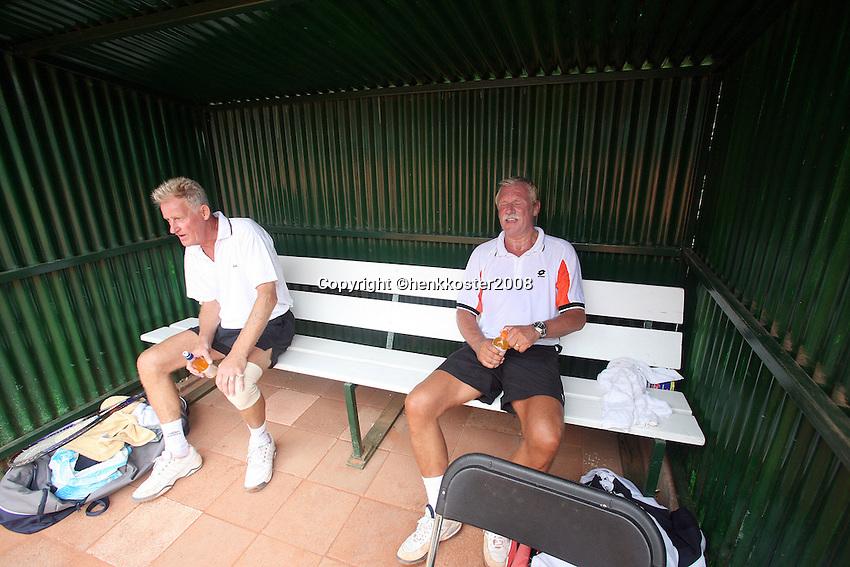 21-8-08, Netherlands, Utrecht, Nationale Veteranen Kampioenschappen, Ben de Jel en Henk Kordeling(R) tijdens dewissel