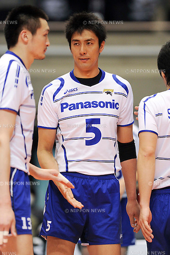 Takahiro Yamamoto (Panthers), MARCH 5, 2011 - Volleyball : 2010/11 Men's V.Premier League match between Toyoda Gosei Trefuerza 1-3 Panasonic Panthers at Tokyo Metropolitan Gymnasium in Tokyo, Japan. (Photo by AZUL/AFLO).