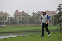 Paul McGinley (IRL) walks off the 6th tee during Saturay's Round 3 of the 2014 BMW Masters held at Lake Malaren, Shanghai, China. 1st November 2014.<br /> Picture: Eoin Clarke www.golffile.ie