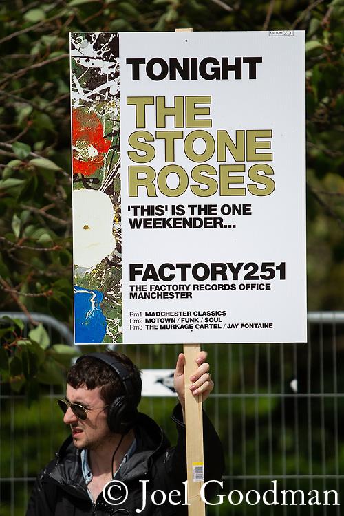 © Joel Goodman - 07973 332324 . 30/06/2012 . Manchester , UK . People arrive at Heaton Park for the Stone Roses Second Coming reunion gig at Heaton park in North Manchester . Photo credit : Joel Goodman