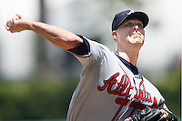 06/06/10 Los Angeles, CA: Atlanta Braves starting pitcher Tim Hudson #15 during an MLB game between the Atlanta Braves and the Los Angeles Dodgers played at Dodger Stadium. The Dodgers defeated the Braves 5-4.