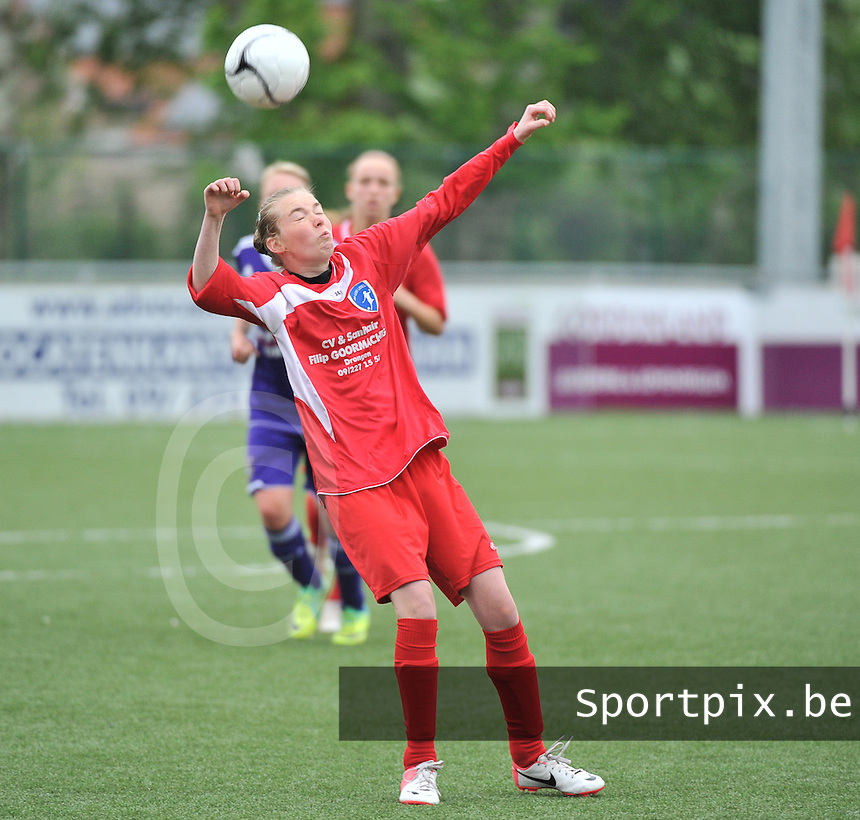 AA Gent Ladies U16 - RSC Anderlecht : Phebe De Bundel.foto DAVID CATRY / Nikonpro.be