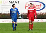 2017-11-05 / voetbal / seizoen 2017-2018 / VC Herentals - Hoeilaart / Keeper Simon Vervoort (l) (VC Herentals) en Davy Voorspoels (r) (VC Herentals) verlaten ontgoochelt het veld na het thuisverlies tegen Hoeilaart