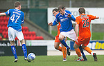 St Johnstone v Dundee Utd....21.04.12   SPL.Murray Davidson is blocked off by John Rankin and Robbie Neilson.Picture by Graeme Hart..Copyright Perthshire Picture Agency.Tel: 01738 623350  Mobile: 07990 594431