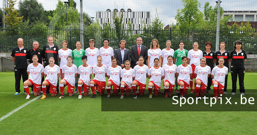 Standard Femina de Liege : ploegfoto 2012-2013.foto DAVID CATRY / Vrouwenteam.be