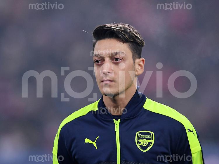 FUSSBALL CHAMPIONS LEAGUE SAISON 2016/2017 GRUPPENPHASE FC Basel - Arsenal London            06.12.2016 Mesut Oezil (Arsenal)