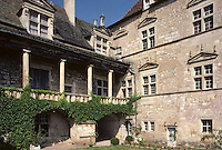 Europe/France/Midi-Pyrénées/46/Lot/Vallée du Lot/Cénevières: Le Château style Renaissance