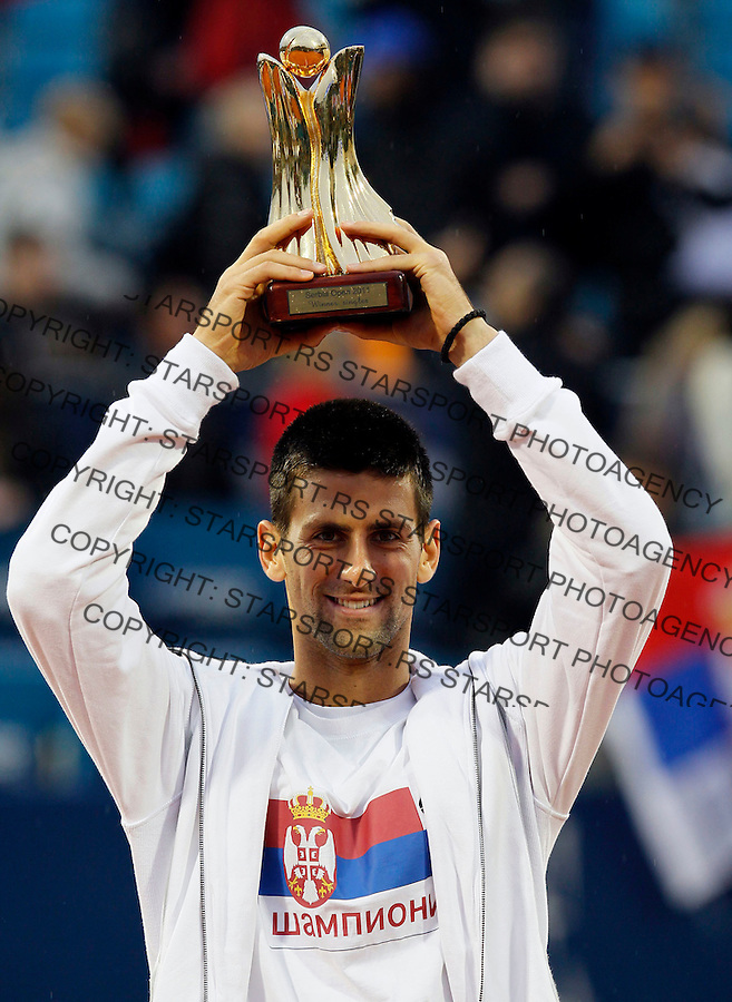 Tenis, Serbia Open 2011.Final.Novak Djokovic (SRB) Vs. Feliciano Lopez (ESP).Novak Djokovic  poses with trophy .Beograd, 01.05.2011..foto: Srdjan Stevanovic