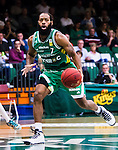 S&ouml;dert&auml;lje 2014-10-11 Basket Basketligan S&ouml;dert&auml;lje Kings - Ume&aring; BSKT :  <br /> S&ouml;dert&auml;lje Kings Vincent Simpson i aktion <br /> (Foto: Kenta J&ouml;nsson) Nyckelord:  S&ouml;dert&auml;lje Kings SBBK Basket Basketligan T&auml;ljehallen Ume&aring; BSKT portr&auml;tt portrait