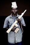 Gilbert. 16 ans. 3 ans passés dans les groupes armés. Bukavu, RDC, juillet 2013.