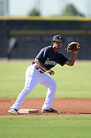 Seattle Mariners second baseman Chris Mariscal (6) during practice before an Instructional League game against the Milwaukee Brewers on October 4, 2014 at Peoria Stadium Training Complex in Peoria, Arizona.  (Mike Janes/Four Seam Images)
